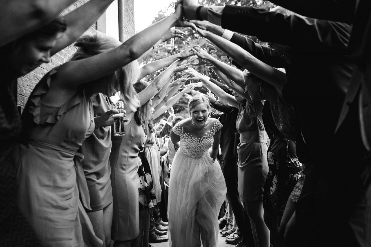 Ongedwongen bruiloft in het bos van Rhederoord