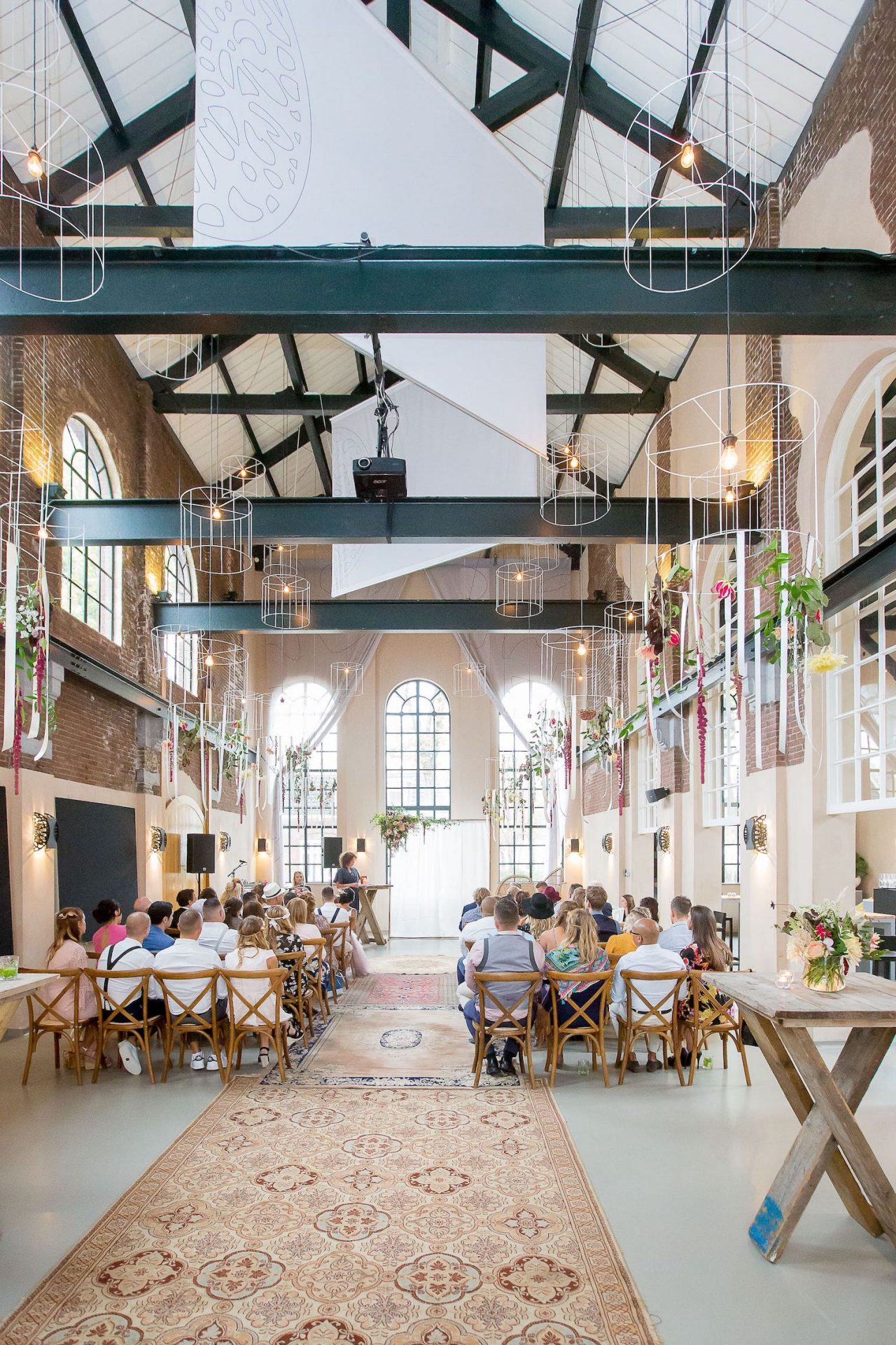 Boho chic wedding with an industrial touch: Explore by Lute
