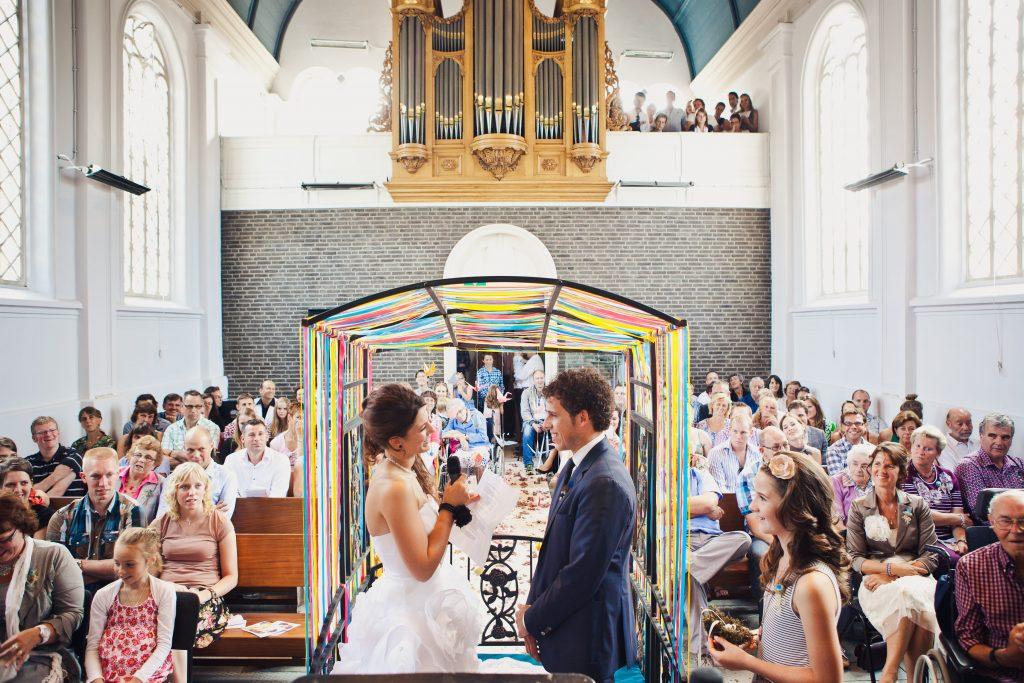 DIY Wedding: Do Fun Things With A Folding Dice