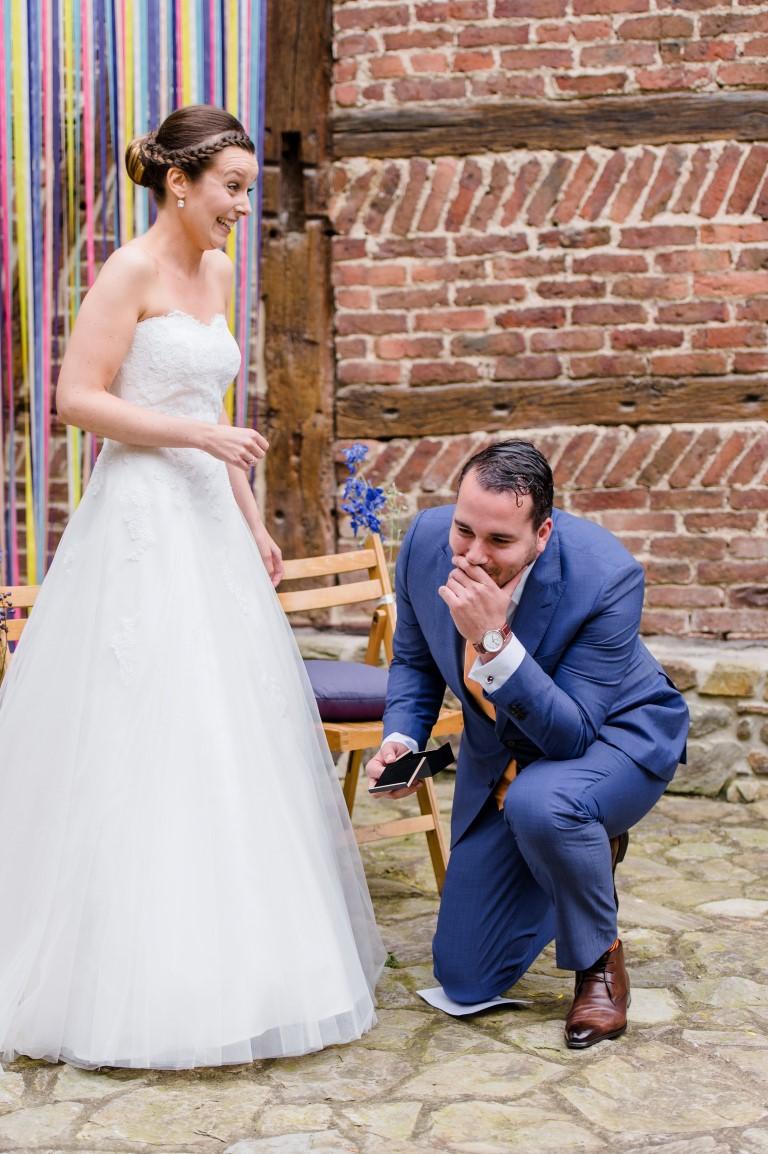 Colorful fiesta wedding at Sechery, Belgium
