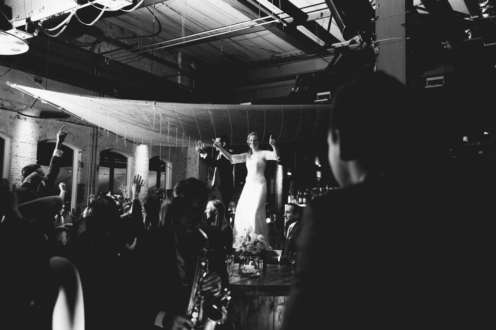 Industriele bohemian winter bruiloft bij Stork, Amsterdam
