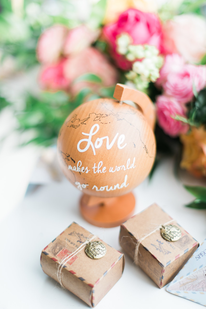 Boho summer chic wedding at Rhederoord