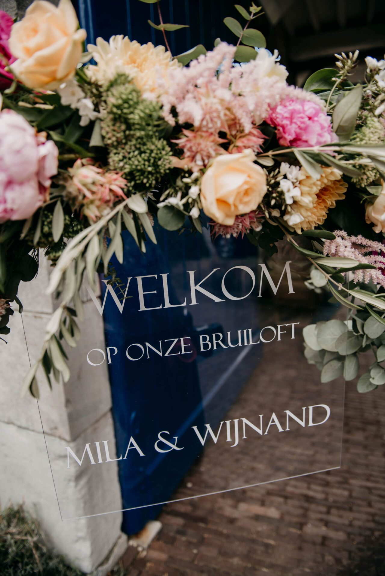 Italian rustic wedding in the South of the Netherlands at Winselerhof