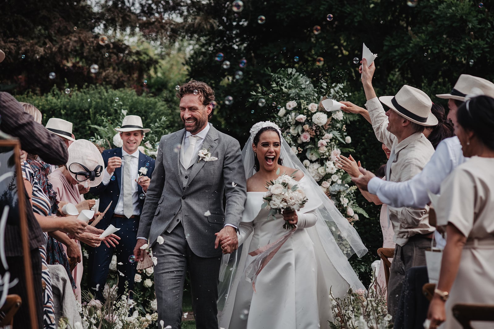 8 tips: how to make your wedding a success!